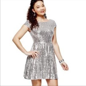 B Smart Silver Sequin Skater Dress size 1